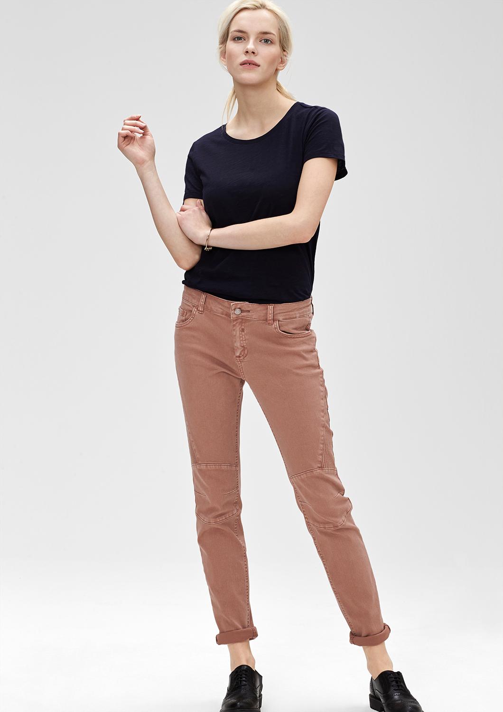 Artikel klicken und genauer betrachten! - Stretch-Jeans mit rockigen Abnähern im Biker-Look an den Beinen, angesagter Wascheffekt, 5-Pocket-Form mit Reißverschluss, stark figurbetonte Passform Shape Skinny (ehemals Skinny Tube) mit normaler Bundhöhe, eng anliegendem Sitz an Po und Oberschenkeln sowie sehr schmalem Beinverlauf, stretchiger Baumwolltwill, Die typischer Nahtführung im Biker-Stil sorgt für einen rockigen Look., Hinweis: Die Jeans fällt am Bund etwas weiter aus als gewohnt. Bitte gegebenenfalls eine Nummer kleiner bestellen. | im Online Shop kaufen