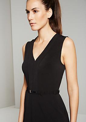 Elegantes Jerseykleid mit schmalem Gürtel