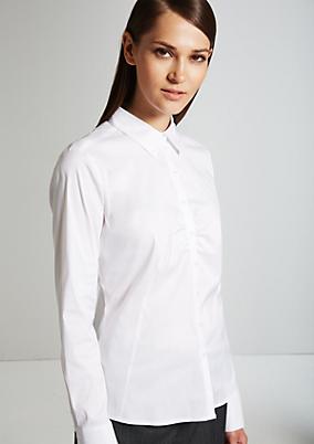 Feminine Bluse mit smarten Designfeatures