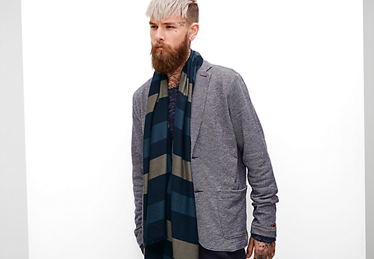 Gestreepte sjaal met franjes van s.Oliver