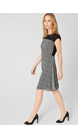 Chiffon-Kleid mit Musterprint von s.Oliver