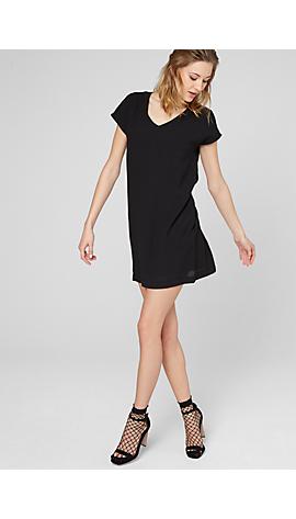 Schwarzes Kleid aus Crêpe-Stoff von s.Oliver