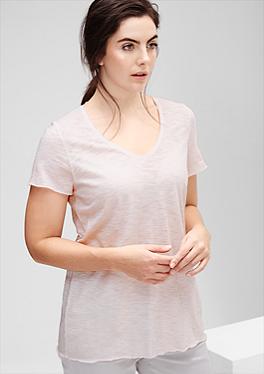 Ausbrenner-Shirt mit V-Neck von s.Oliver