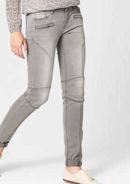 Sienna: Jeans im Motorcycle-Style von s.Oliver