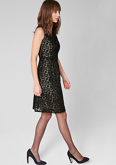 Lace dress with a pale underlay in the s.Oliver Online Shop