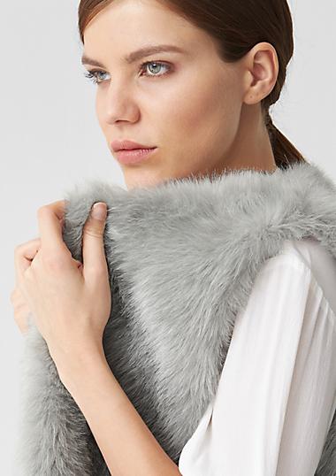 fake fur weste f r damen neu im s oliver online shop. Black Bedroom Furniture Sets. Home Design Ideas