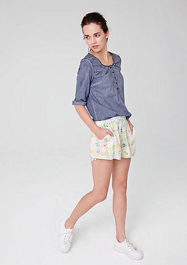 leichte viskose shorts im s oliver online shop. Black Bedroom Furniture Sets. Home Design Ideas